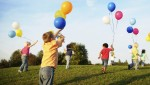cropped-children_playing_with_balloons_11.jpg